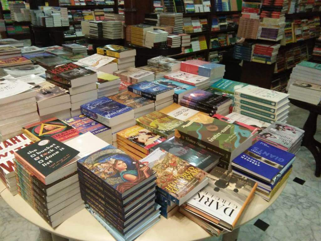 Kitab Khana, Mumbai (2)